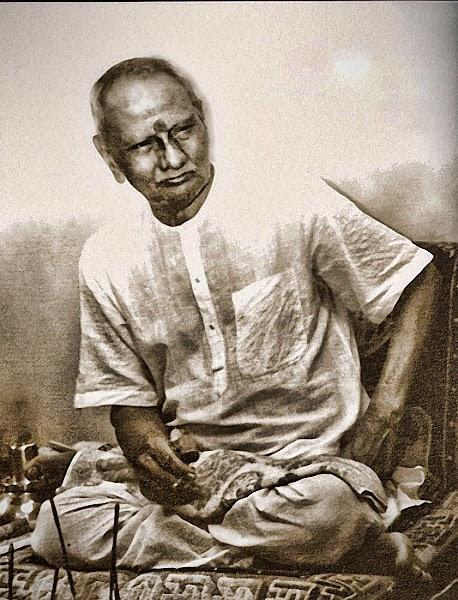 011-0-Nisargadatta_Maharaj.jpg