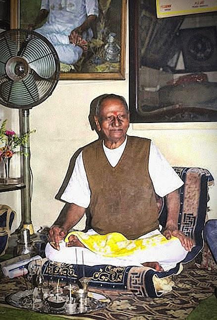 020-0-Nisargadatta_Maharaj.jpg