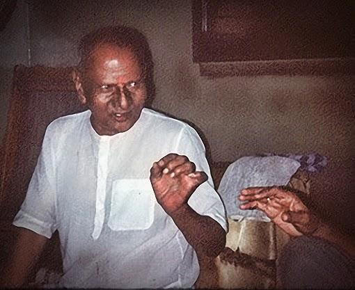 034-0-Nisargadatta_Maharaj.jpg