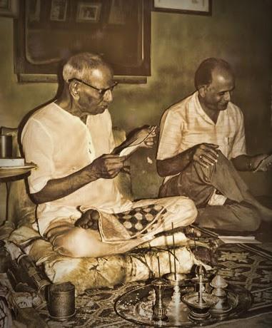 043-Nisargadatta_Maharaj.jpg