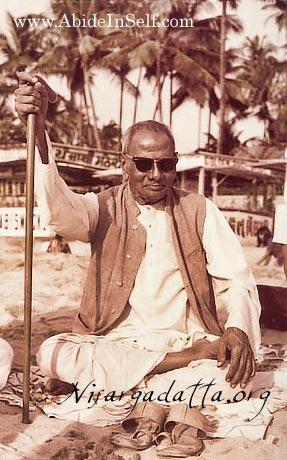 057-1-Nisargadatta_Maharaj.jpg