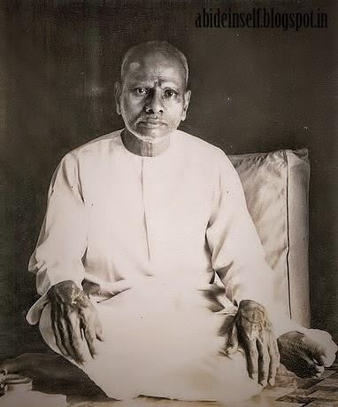 067-Nisargadatta Maharaj - younger days.jpg