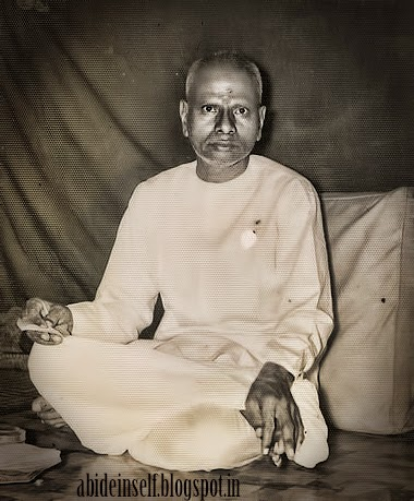 068-Nisargadatta Maharaj - younger days.jpg