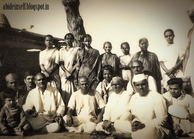 077-Nisargadatta_Maharaj.jpg