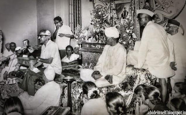 107-Nisargadatta_Maharaj.jpg