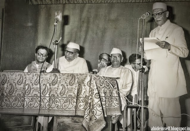 125-Nisargadatta_Maharaj.jpg