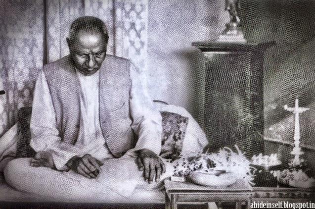 143-Nisargadatta_Maharaj.jpg