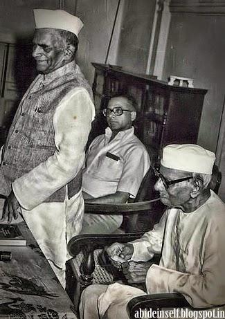 156-Nisargadatta_Maharaj.jpg