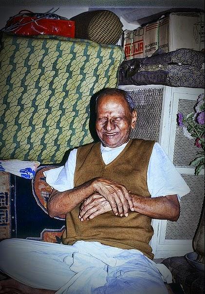 193-0-Nisargadatta-Maharaj.jpg