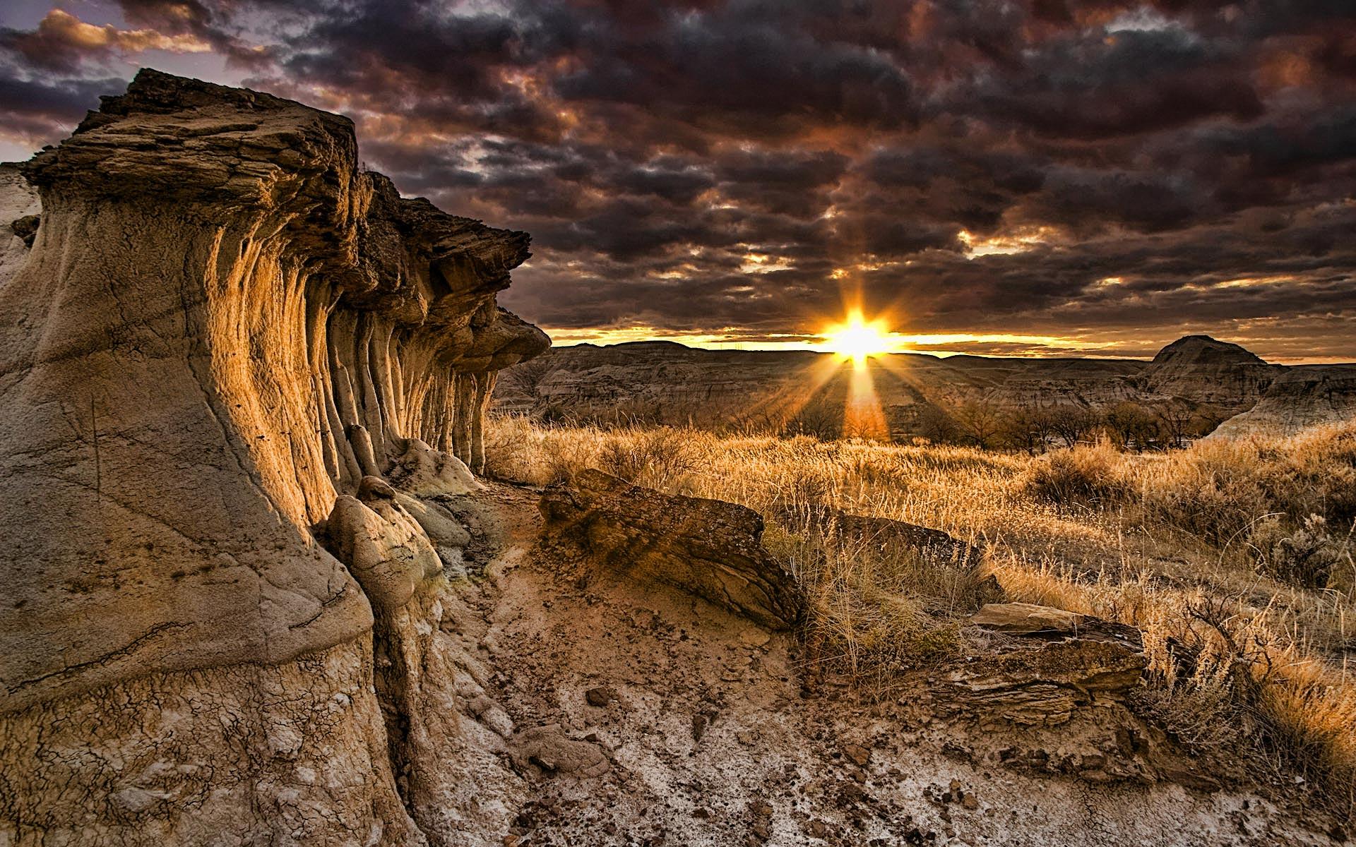 Amazing-Canyon-Sunrise-Widescreen-Wallpaper.jpg