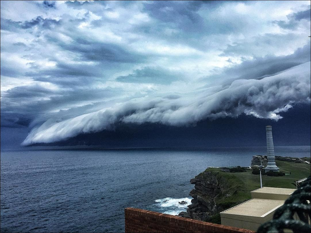 cloud-tsunami-004.jpg